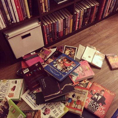 WEEKEND RECAP: LATE, BOOKS, UNPACKING