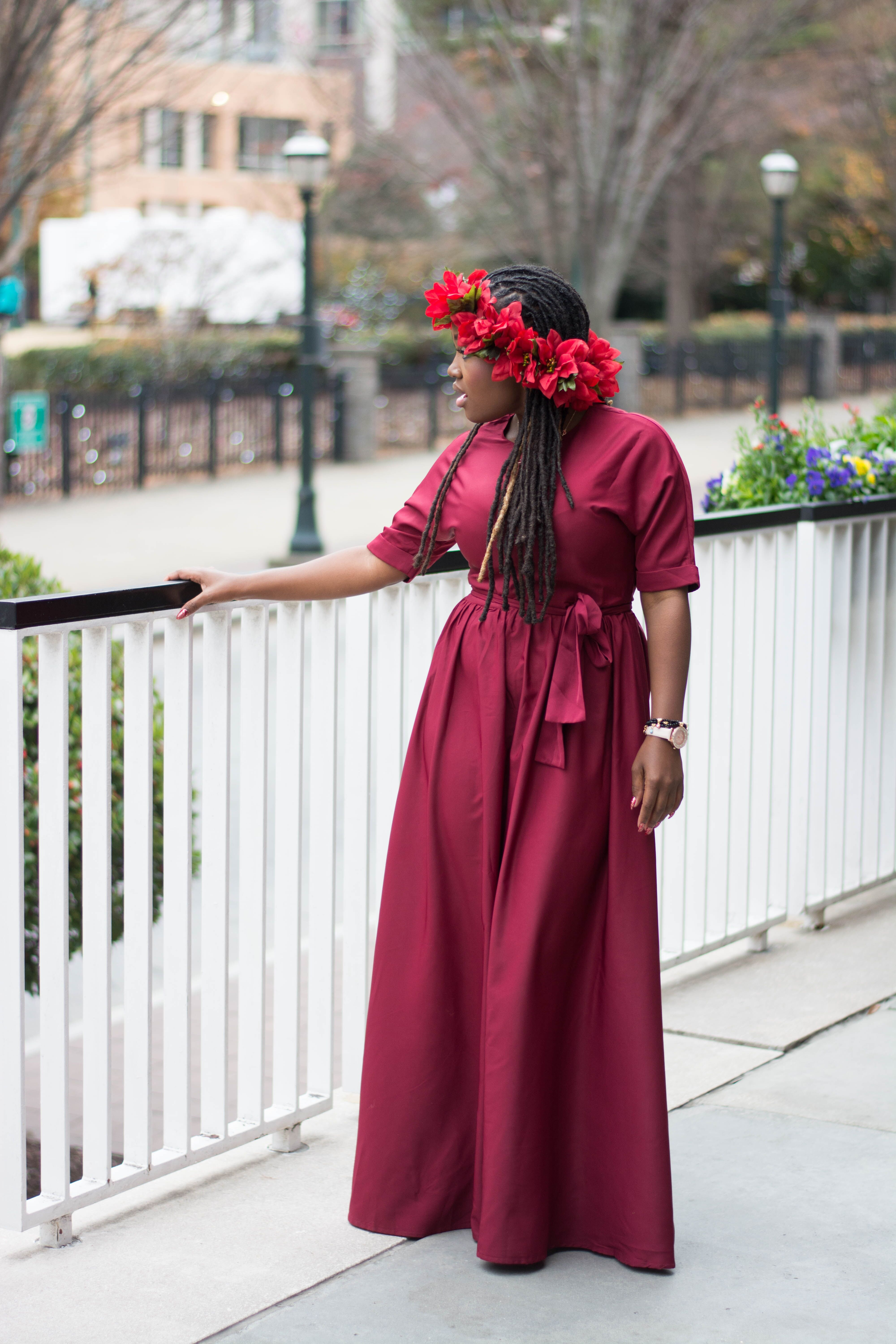 HOLIDAY INSPIRATION LOOKS- RED MAXI DRESS