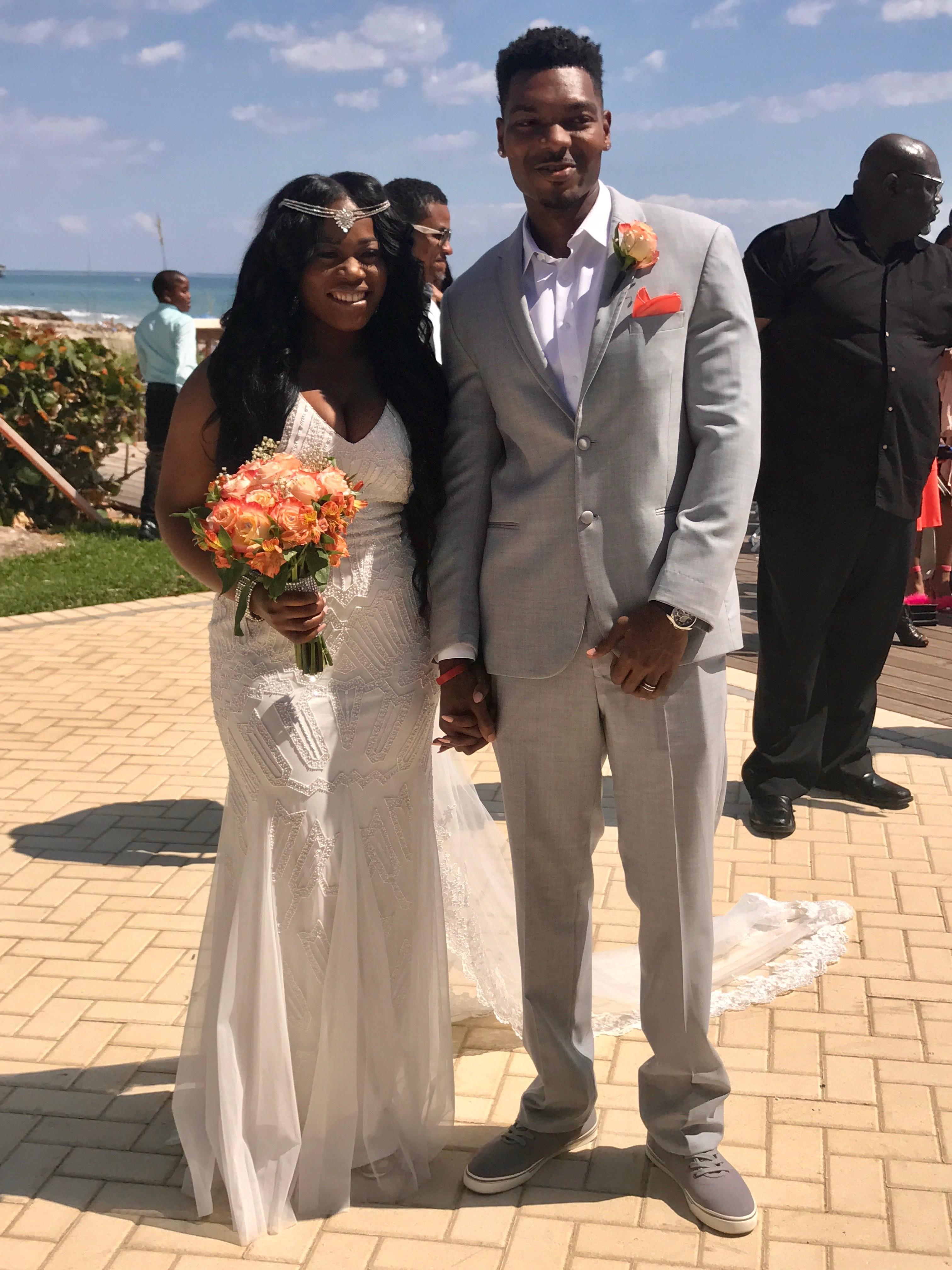 LIFE: NIKKI'S BEAUTIFUL FLORIDA BEACH WEDDING RECAP
