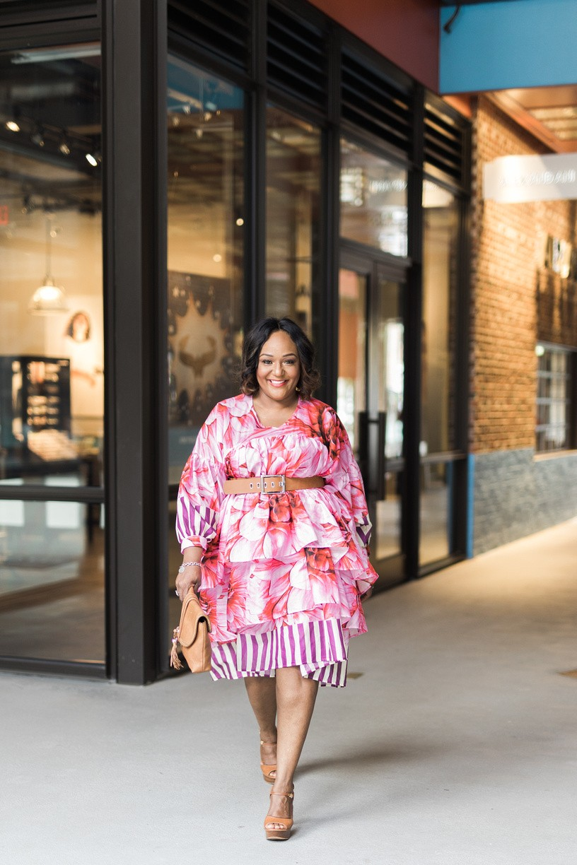 TOP FIVE PLUS SIZE BLOGGERS TO FOLLOW