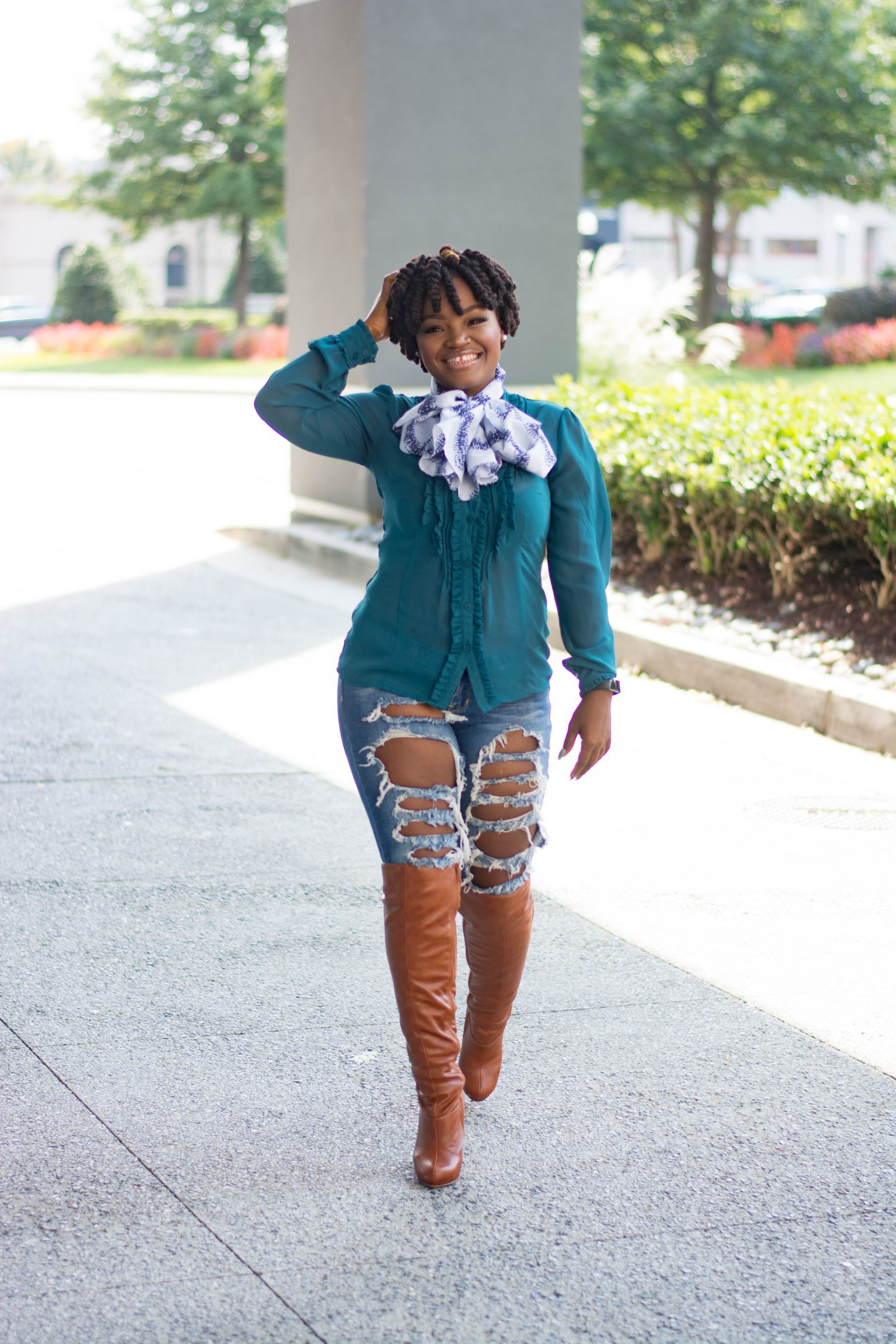 SUMMER FALL TRANSITION RIPPED DENIM X BOOTS