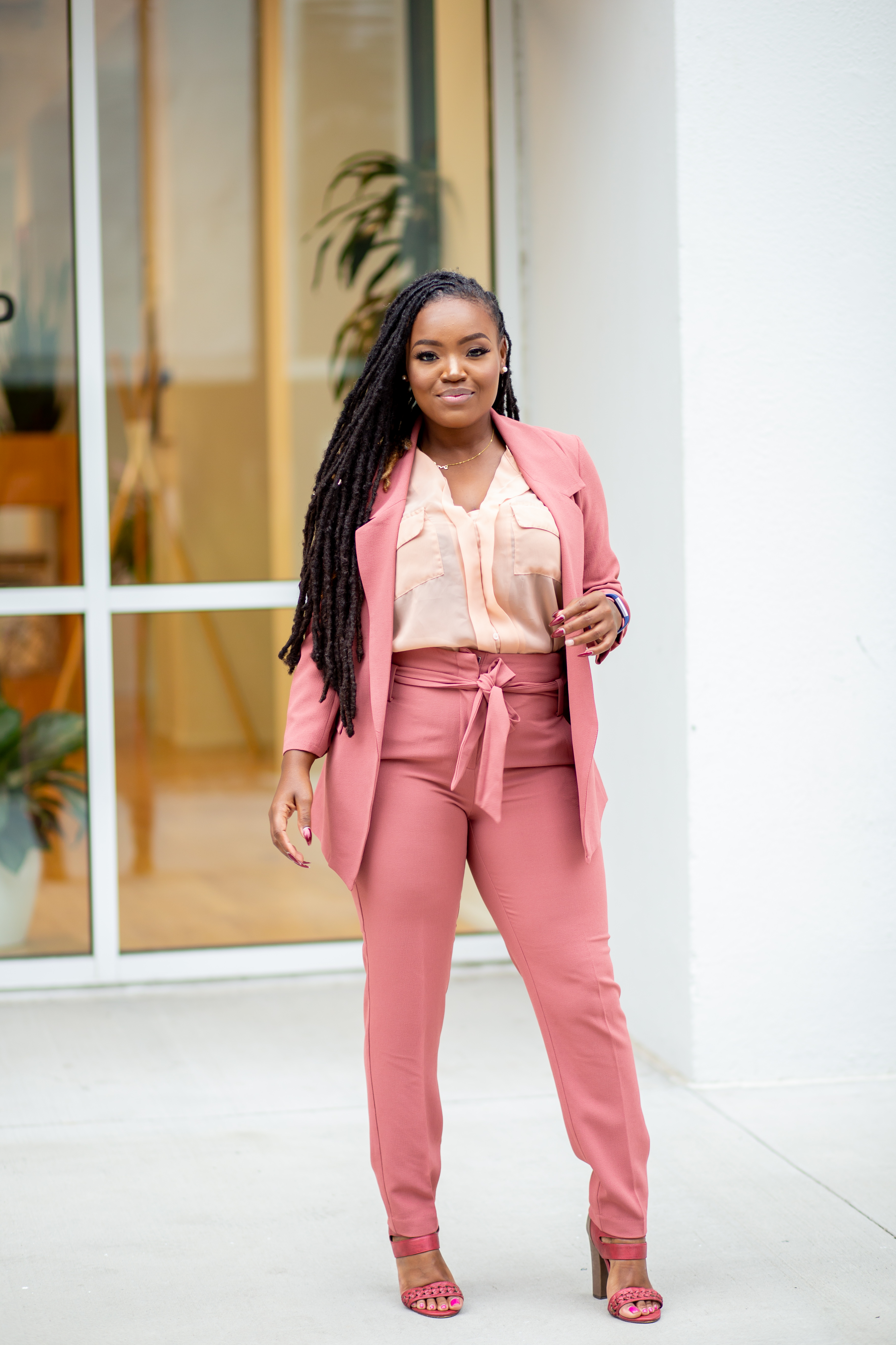 OFFICE CHIC: WHAT MOTIVATES YOU?-- THE WORK SUIT